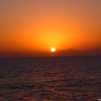 Die Sonne taucht ins Meer, März 2005