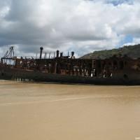 Blick auf die Maheno vom Wasser aus, September 2006