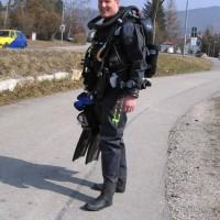 Alex-posiert-mit-seinem-niegelnagelneuen-Rebreather-März-2006